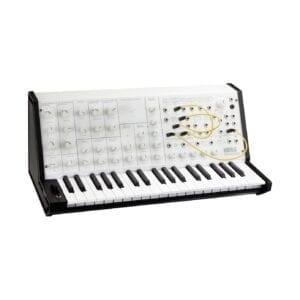 Korg MS-20 Mini Hvid Syntheziser, digital synthesizer, analog synthesizer, novation summit, roland d-05, moog grandmother