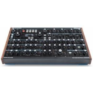 Novation Peak Syntheziser, digital synthesizer, analog synthesizer, novation summit, roland d-05, moog grandmother