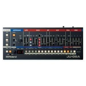 Roland JU-06A synthesizer Syntheziser, digital synthesizer, analog synthesizer, novation summit, roland d-05, moog grandmother