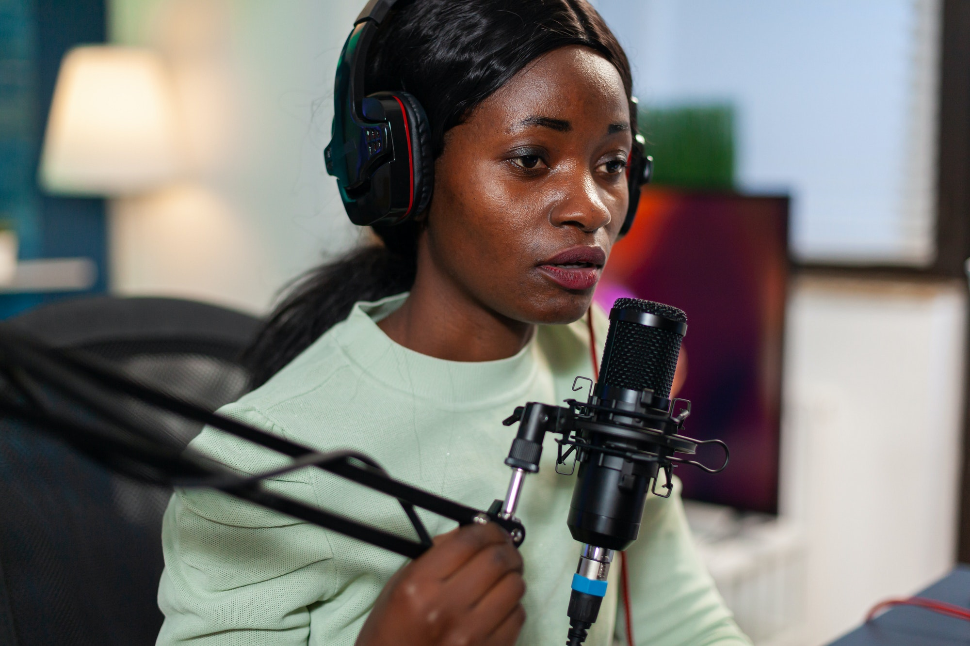 African influencer recording content
